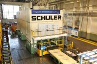 Within just seven weeks, Schuler modernized transfer and blank loader of Ford's large panel press in Cologne